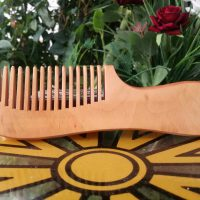 شانه چوبی شفابخش طب
